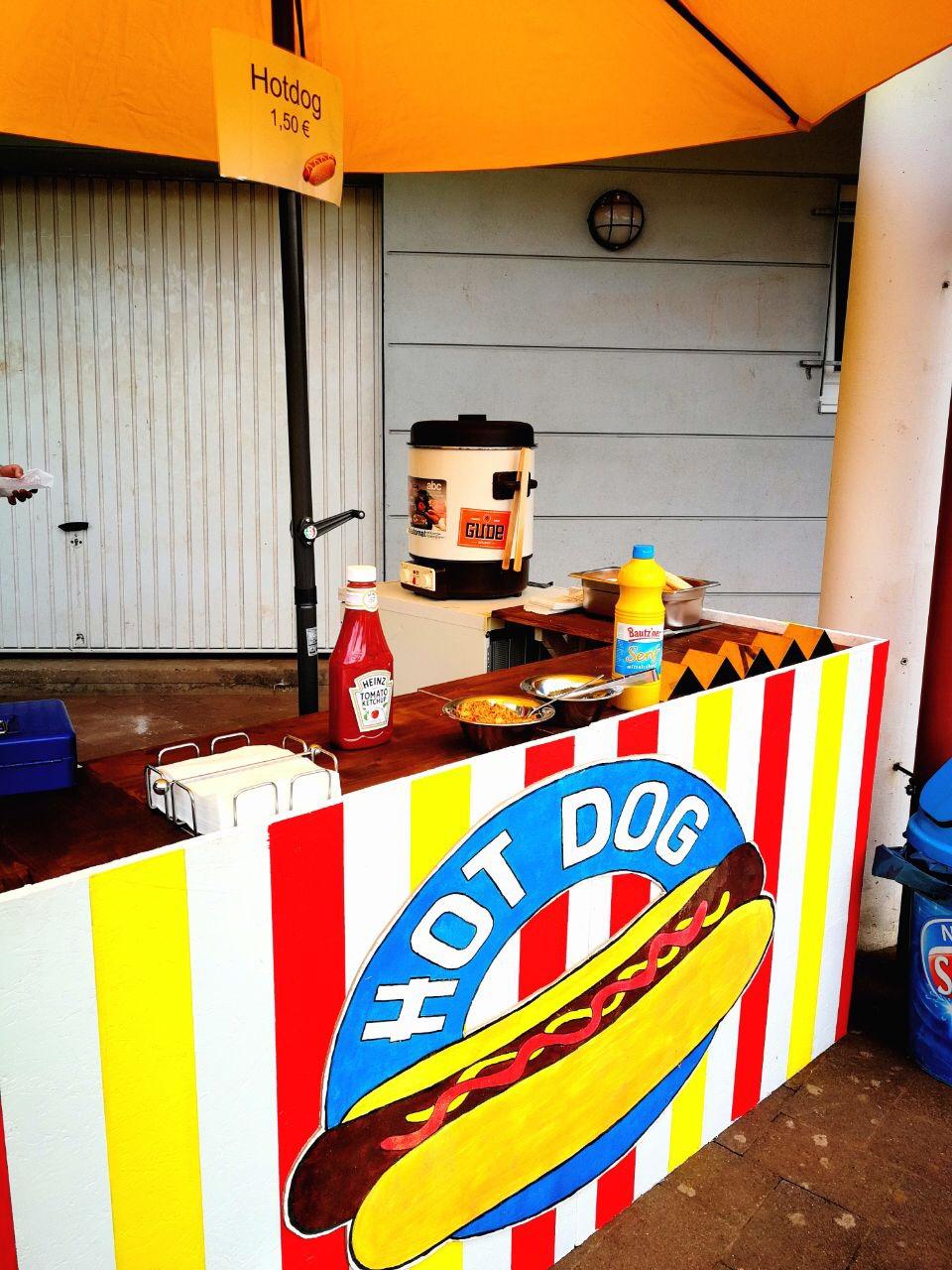 Hot Dog Stand die 4.