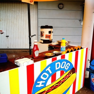 Hot Dog Stand die 4.